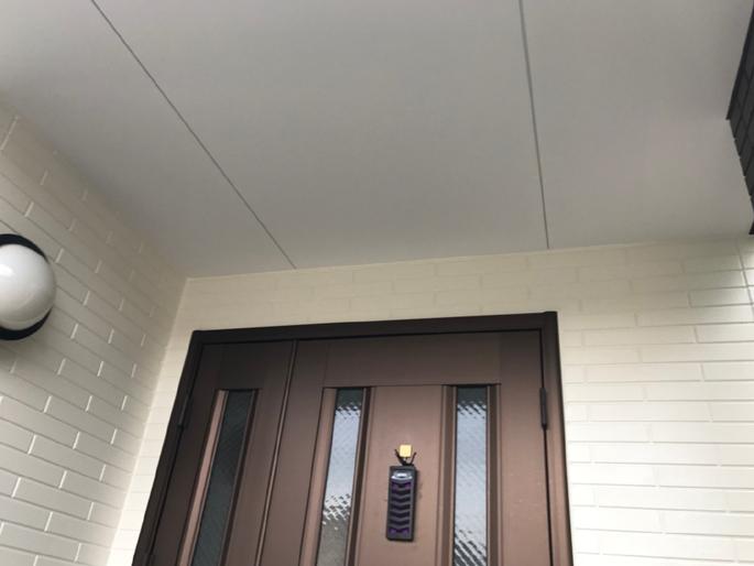 名古屋市の外壁塗装工事の軒天の塗装後の写真