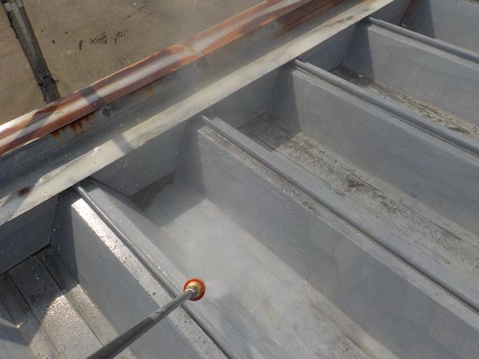 塗装工事の水洗浄